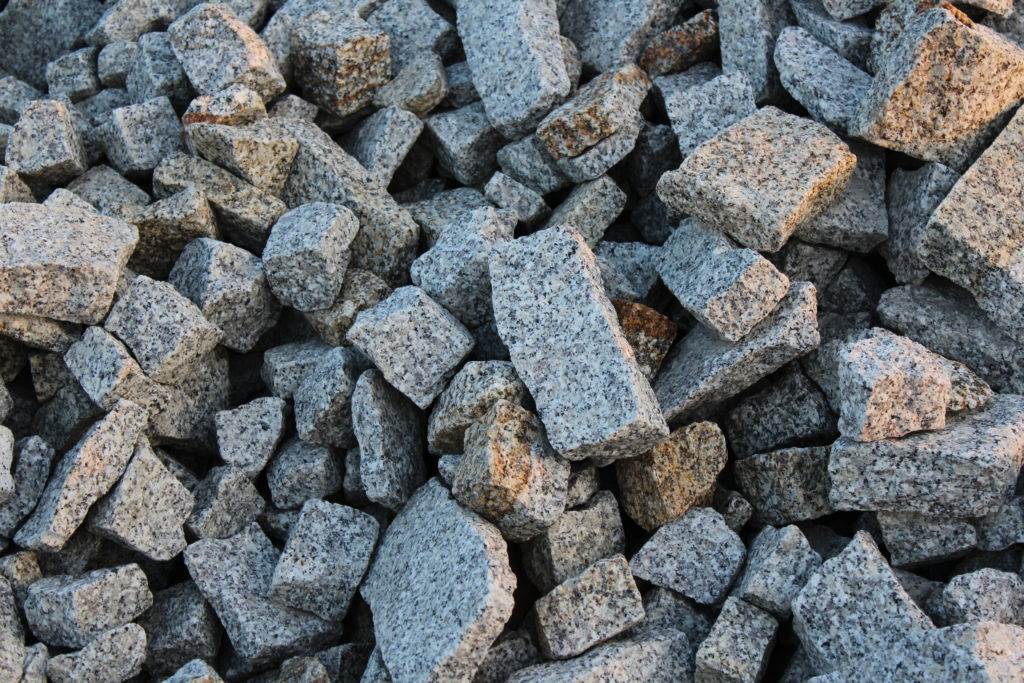 Granit niesort Gabiony